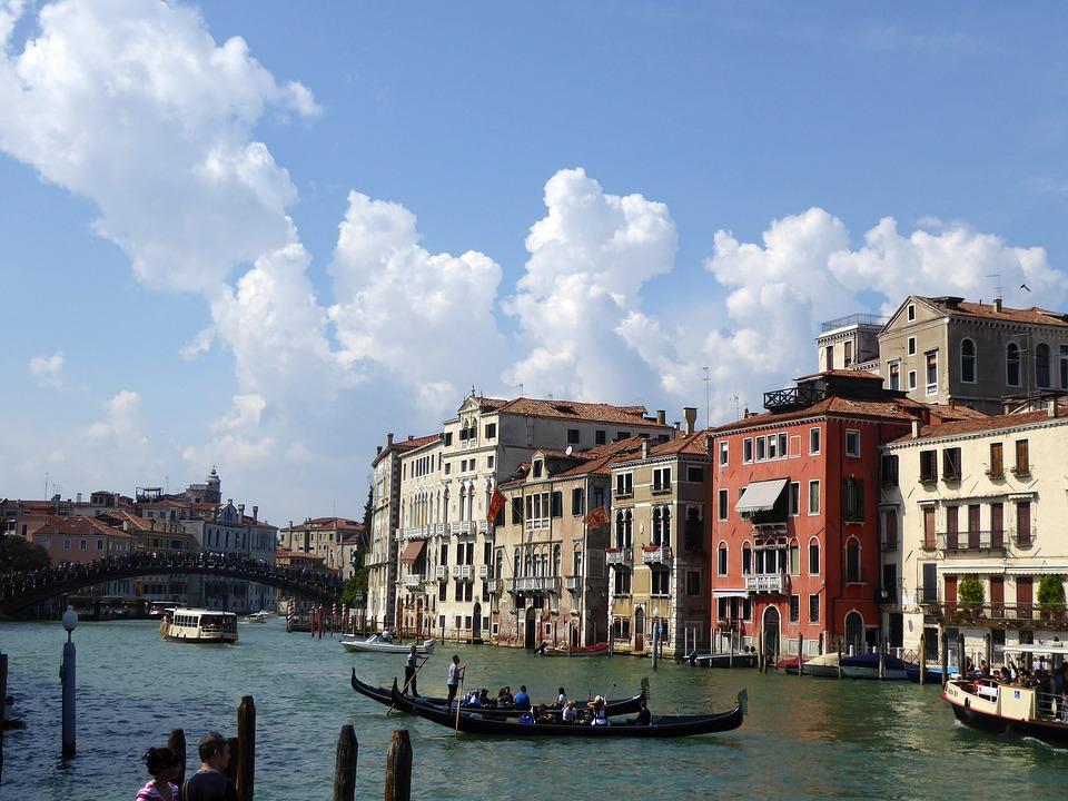 แหล่งท่องเที่ยวในอิตาลีที่คุณไม่ควรพลาด