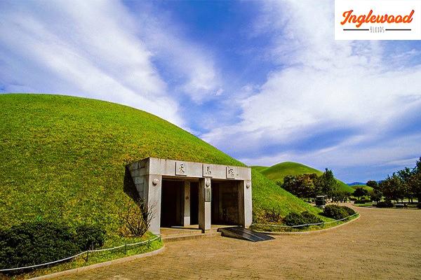 ชมทุ่งหญ้าเขียวขจีที่อุทยานสุสานหลวงทูมูลี เที่ยวญี่ปุ่น ท่องเที่ยวต่างประเทศ ทริคการเดินทาง เที่ยวไต้หวัน เที่ยวเกาหลีใต้ อุทยานสุสานหลวงทูมูลี